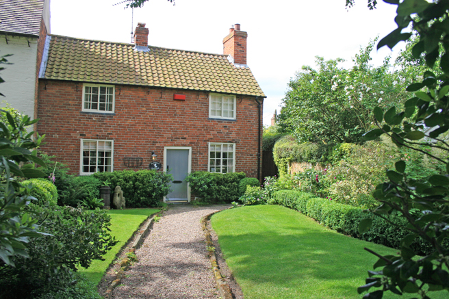 Farnsfield cottage